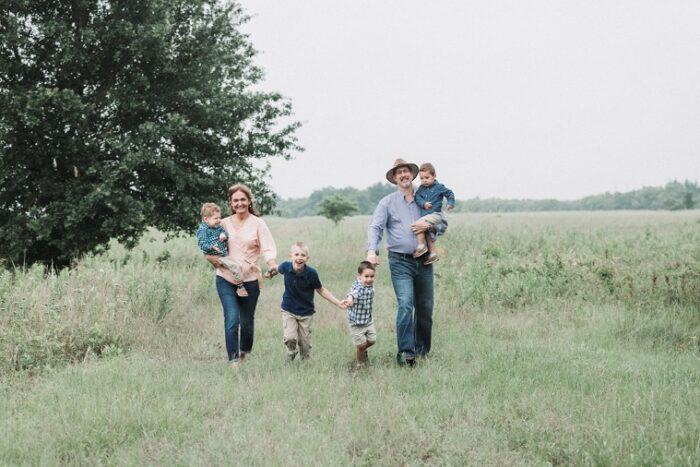 Marisela & Neal Nagel with family